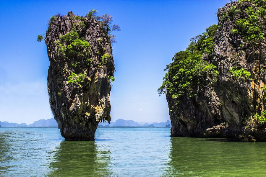 Jame Bond Island & Canoe by Speed Boat